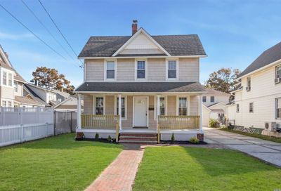 2909 Evergreen Ave Oceanside NY 11572