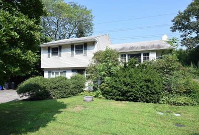 1126 Glen Cove Ave Glen Head NY 11545