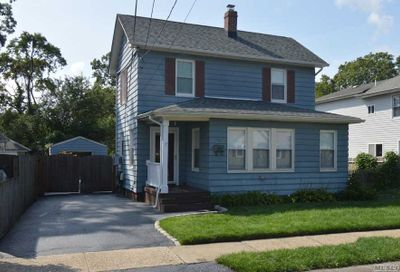 48 Belford Ave Bay Shore NY 11706
