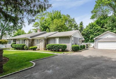 12 Furman Pl East Norwich NY 11732