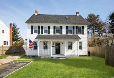 177 Bellmore Rd East Meadow NY 11554