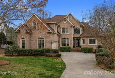 936 Thorn Ridge Lane Lake Wylie SC 29710