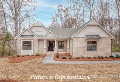 620 Highland Ridge Point Lake Wylie SC 29710