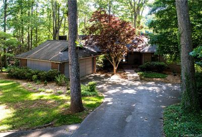 5 Commodore Point Road Lake Wylie SC 29710