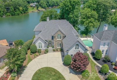 14042 Point Lookout Road Charlotte NC 28278