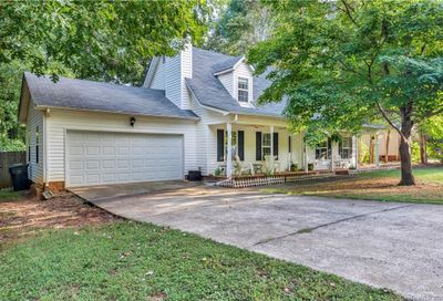 13808 Woody Point Road Charlotte NC 28278