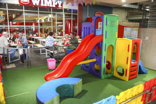 Restaurants Where Kids Can Play