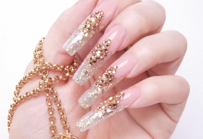 Uñas Con Cristal Swarovski Show Nails