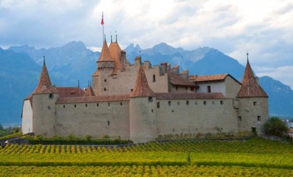 Chateau de Chillon Back