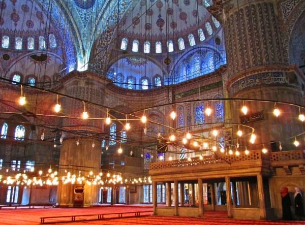 Sultanahmet Camii inside