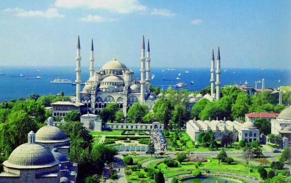 Sultanahmet Camii summer
