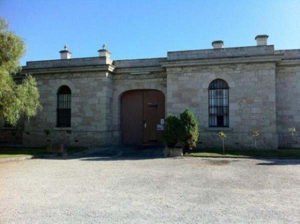 Отель-тюрьма в Австралии