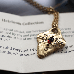 Heirloom Necklace Gold