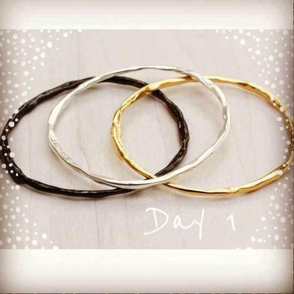 showtheLOVE's 12 Days Of Inspiration! Day 1 kicks off with our 'She Believed She Could So She Did' bangles, the perfect gift to remind any girl that she can do whatever she puts her mind to! #showthelovejewelry #12daysofinspiration #girlpower