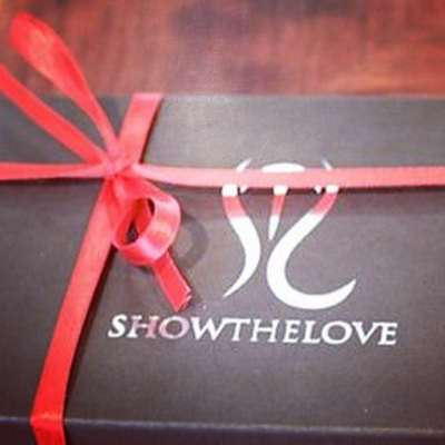 Day 10…let your special someone pick their own inspiration with a gift card from showtheLOVE! #showthelovejewelry #almostchristmas #presents #inspire