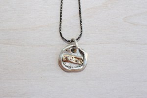 mothers' love necklace