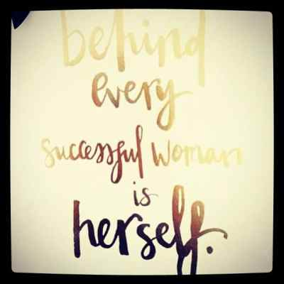 #womenwelove #womanwhoinspire #internationalwomensday #shebelievedshecouldsoshedid #showthelovejewelry #girlpower #girlboss