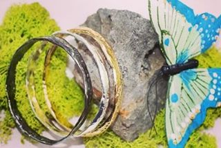 I have 5 gold #strongwomen #bangles left! #mothersday #gifts #showthelovejewelry Strong women, may we know them, may we raise them, may we be them.