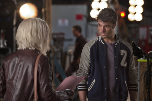 """iZombie -- """"Method Head"""" -- Image Number: ZMB210a_0051.jpg -- Pictured (L-R): Rose McIver as Liv and Zack Peladeau as Wyatt Carver/Cody -- Photo: Cate Cameron/The CW -- © 2015 The CW Network, LLC. All rights reserved."""