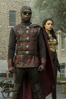 "DC's Legends of Tomorrow --""The Justice Society of America""-- Image LGN202a_0012.jpg -- Pictured: (L-R): Kwesi Ameyaw as Dr. Mid-Nite and Maisie Richardson- Sellers as Amaya Jiwe/Vixen -- Photo: Katie Yu/The CW -- © 2016 The CW Network, LLC. All Rights Reserved."
