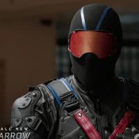 """Arrow"" - opis odcinka 5x15 ""Fighting Fire with Fire"""