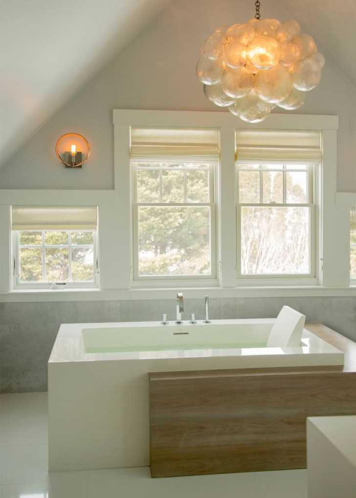 White Modern Spa Bathroom Design