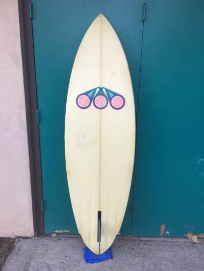 Hawaiian Island Creations Single Fin 2