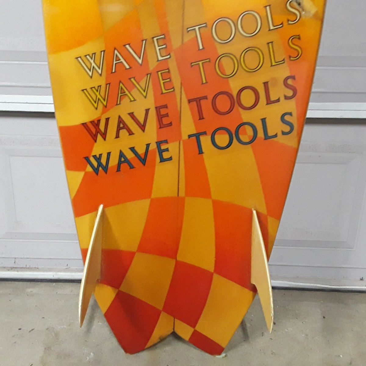 Wave Tools Twin Fin by Lance Collins