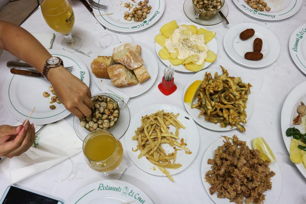 巴塞隆納美食El Cruce。蝸牛湯招牌,高CP氣氛好的Tapas!