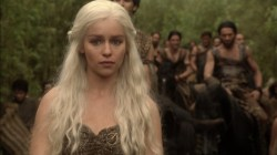 Game of Thrones Daenerys Targaryen Emilia Clarke horses pictures images