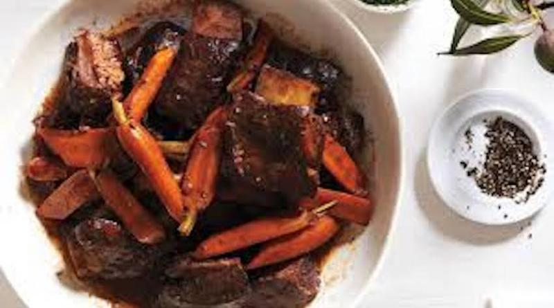 Wine-Braised Short Ribs with Veggies