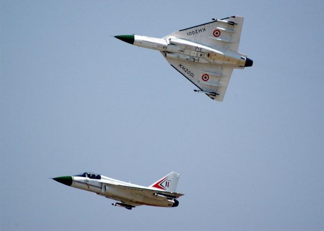 20110217_Light_Combat_Aircraft_(LCA)_Tejas_India_009