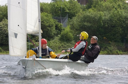RYA Onboard at SHSC Introducing young people to sailing at SHSC. Teaching them so much more