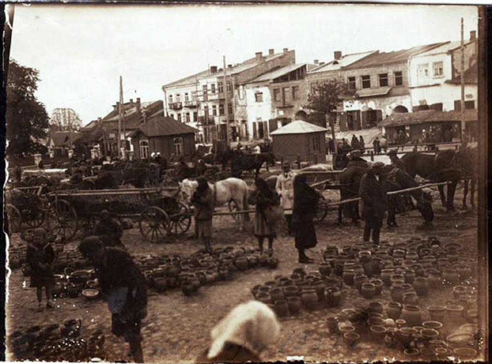 Szcezebrzeszyn Market