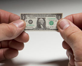 dollar-shrinking-2