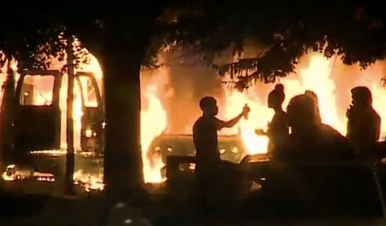 whites-hunted-mil-riots