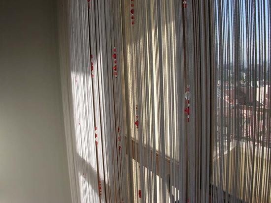Нитевые шторы: фото в интерьере кухни и дизайн