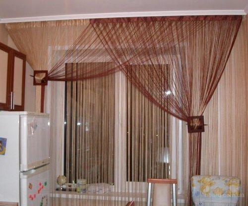 Нитевые шторы в интерьере зала, спальни, кухни: фото варианты