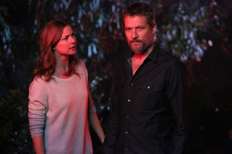 "Emily Van Camp and James Tupper star as father-daughter in ABC's ""Revenge."" Image courtesy of revengeabc.wikia.com"