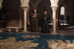 Tycho Nestoris (Mark Gatiss), Cersei (Lena Headey) | Photo credit: Helen Sloan/HBO