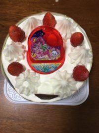 プリキュア クリスマスケーキ イオン イトーヨーカドー どっちがいい