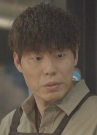サジャン役はキム・ソウォン