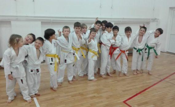 scoala de karate pentru copii