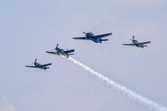 Missing Man Formation - Honor the Fallen