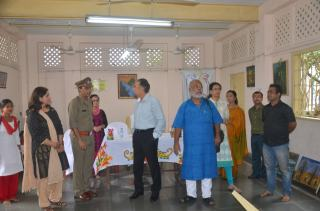 At the facility Director General & Inspector General of Correctional Services, West Bengal, Mr. A. K. Gupta, Prison Superintendent, Mr. Shukla, Flight to Harmony Foundation, Founder, Mr. Chitta Dey