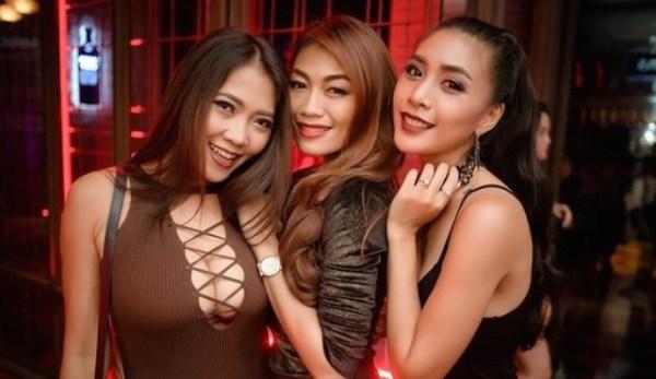 Клубные девушки 👧 (26 фото) | shutniki.club