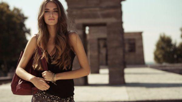 Девушка с красивыми волосами 🙎♀️ (32 фото) | shutniki.club