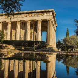 Temple of Hephaistos close by