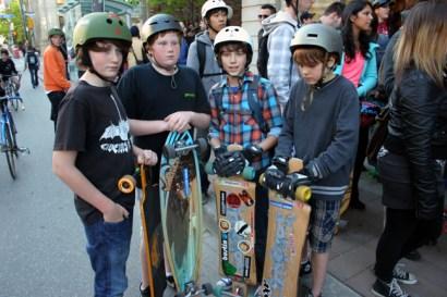 Longboarding Boys
