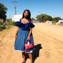 South African Shweshwe Dress for Traditional Ceremonies (8)
